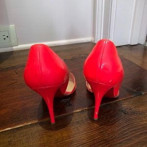 Christian Shoes - Christian Louboutin neon pink pump